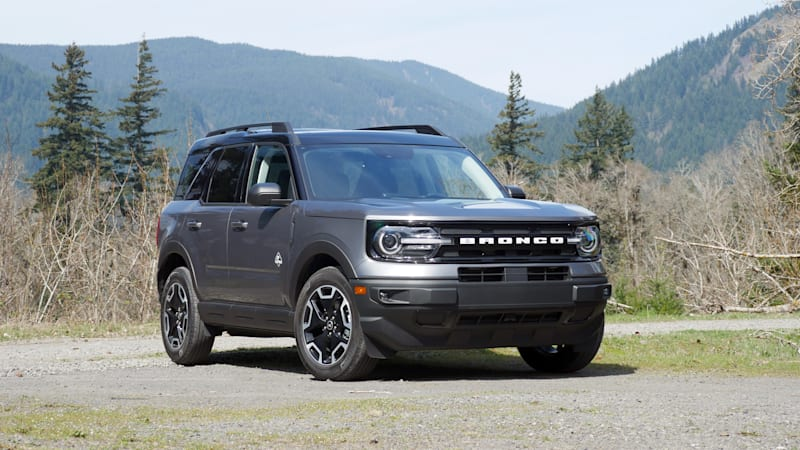 2021-Ford-Bronco-Sport-Outer-Banks-front1.jpg