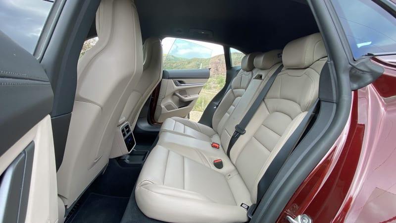 int rear seat