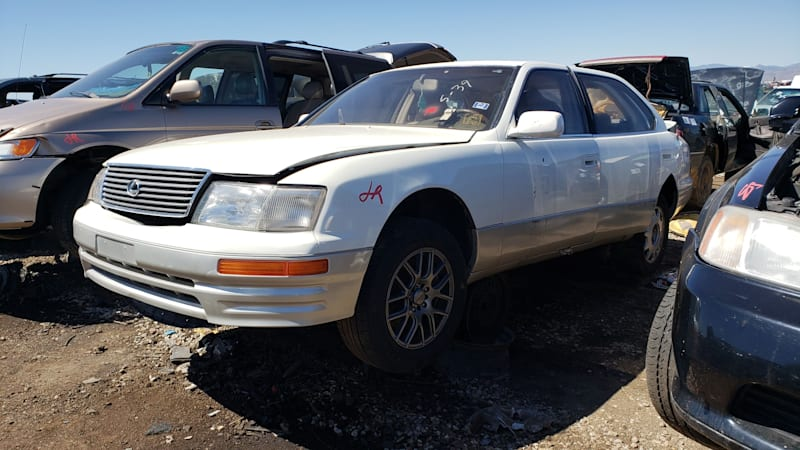 99 1997 Lexus LS400 in Colorado junkyard photo by Murilee Martin.