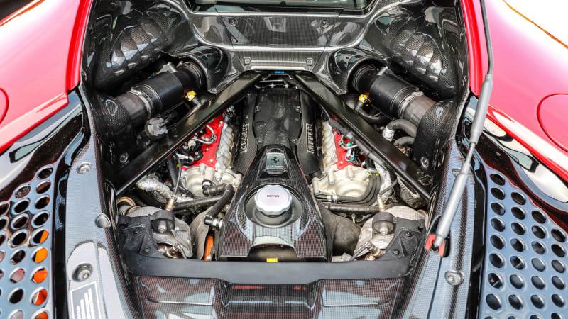 Ferrari SF90 Stradale engine