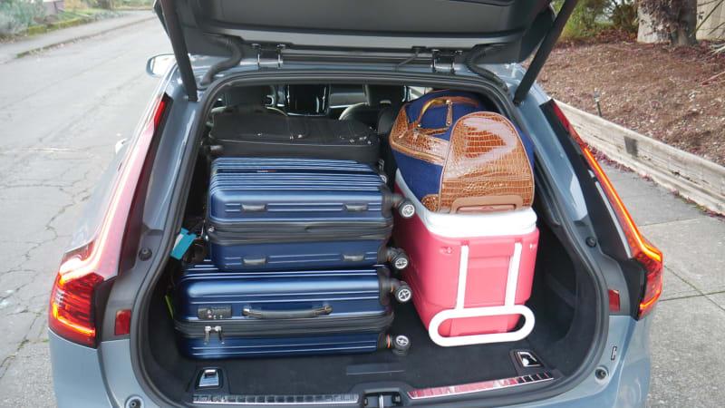 Prueba de equipaje del Volvo V90 Cross Country vs V60 Cross Country 2021   Equiparando áreas de carga