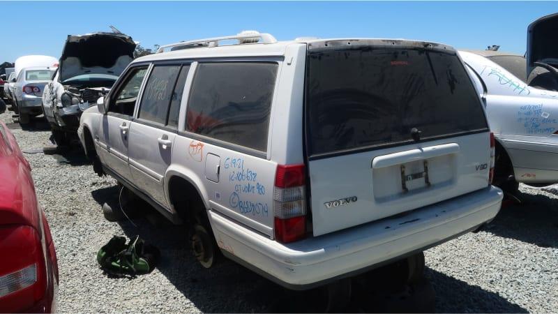 29 1997 Volvo V90 in California junkyard photo by Murilee Martin