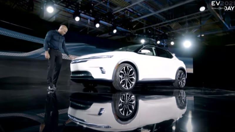 Chrysler EV Front 34