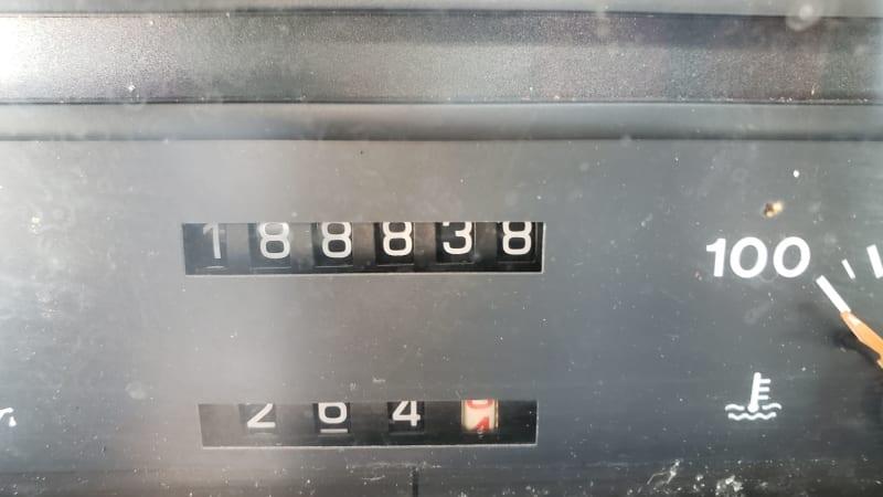 Schrottplatz-Perle: 1992 Alfa Romeo 164S