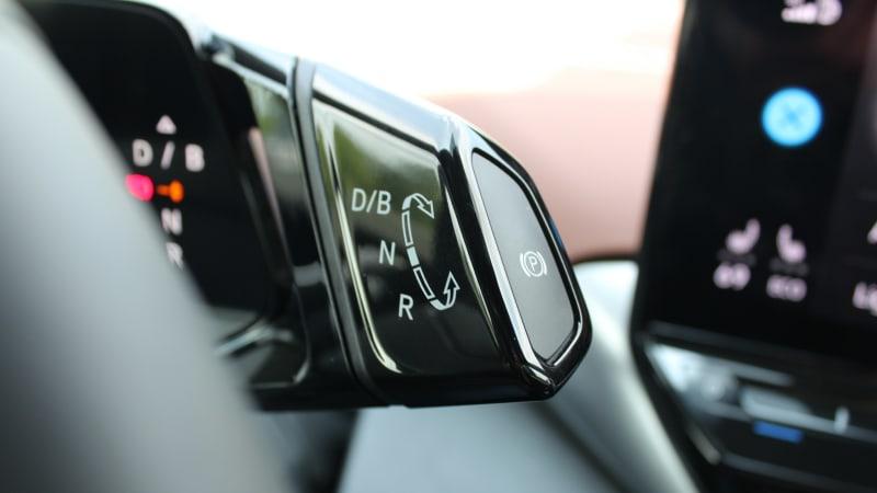 2021 Volkswagen ID.4 Testbericht   Preise, Reichweite, Innenraum, Bilder€