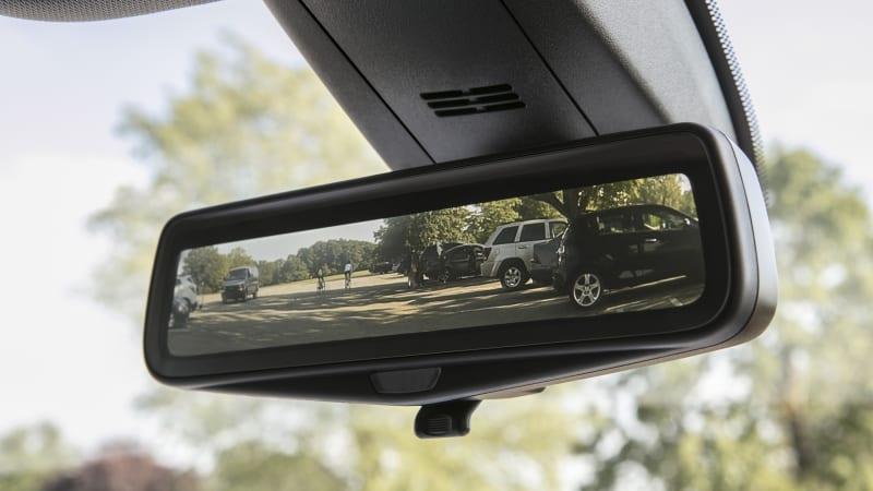 Der Rückspiegel Ihres nächsten Autos könnte Sie anstarren€