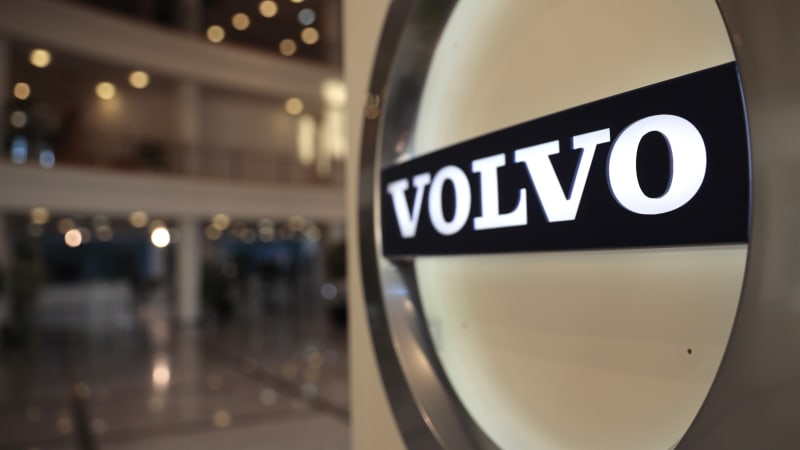 volvo to go all electric2030, hastening internal