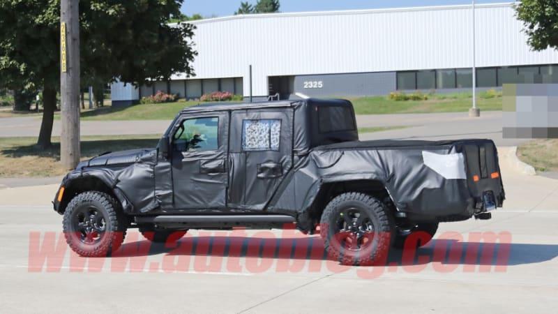 Jeep Scrambler Truck To Debut At La Auto Show Next Month