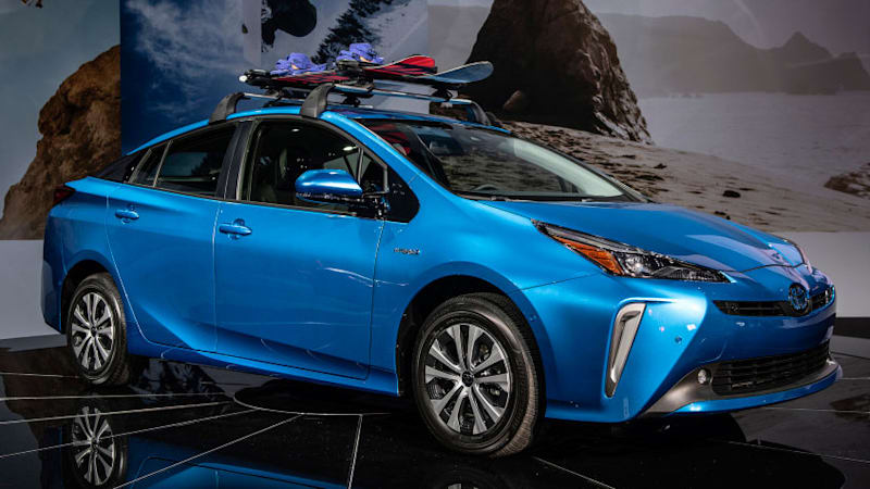 2019 toyota prius awd starts at 27 300 autoblog. Black Bedroom Furniture Sets. Home Design Ideas