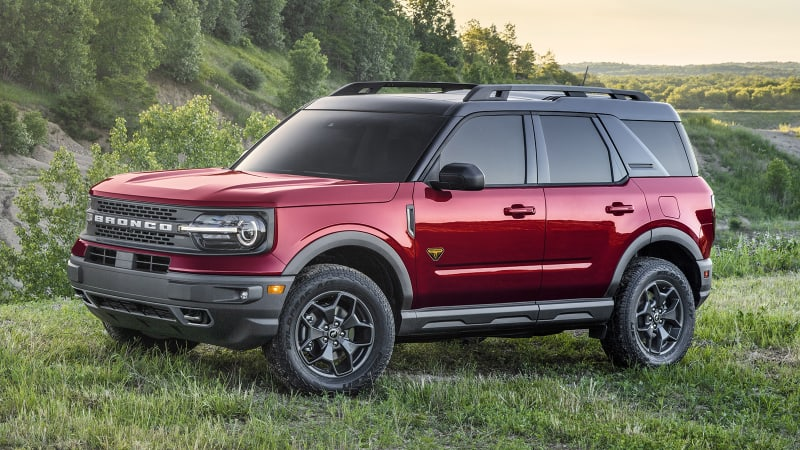 2021 Ford Bronco Badlands Road Test | The best Bronco Sport on pavement, too