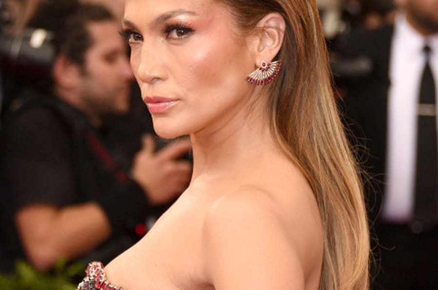 NEW YORK, NY - MAY 04:  Jennifer Lopez attends the 'China: Through The Looking Glass' Costume Institute Benefit Gala at the Metropolitan Museum of Art on May 4, 2015 in New York City.  (Photo by Larry Busacca/Getty Images)
