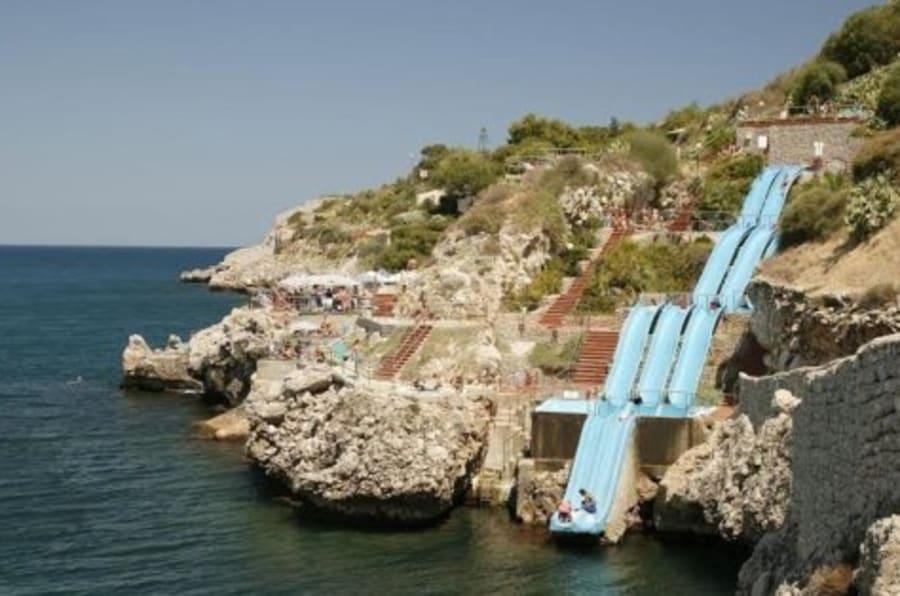 tiene cuestas y est en sicilia este es el tobogn ms chulo del mundo