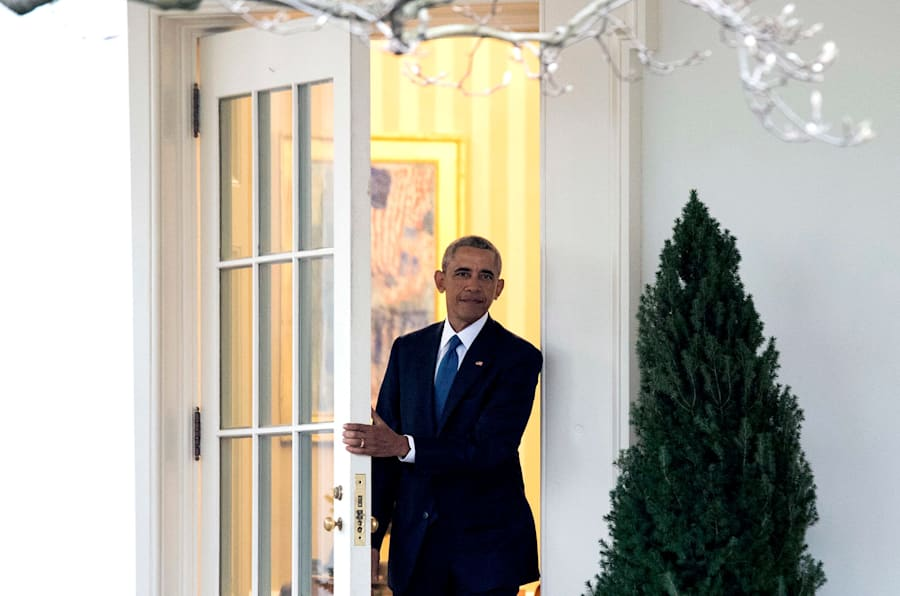 WASHINGTON, DC - JANUARY 20:  President Barack Obama leaves the Oval Office for the last time as President, in Washington, D.C. on January 20, 2017. Later today President-Elect Donald Trump will be sworn-in as the 45th President. (Photo by Kevin Dietsch-Pool/Getty Images)