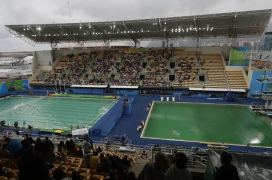 El misterio del agua verde llega tambi n a la piscina de - Agua de piscina verde ...