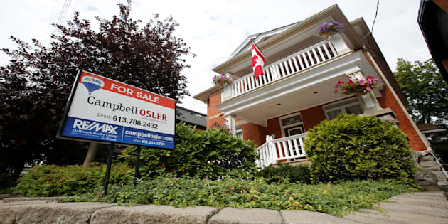 Single-famly homes down a bit in price: Royal LePage