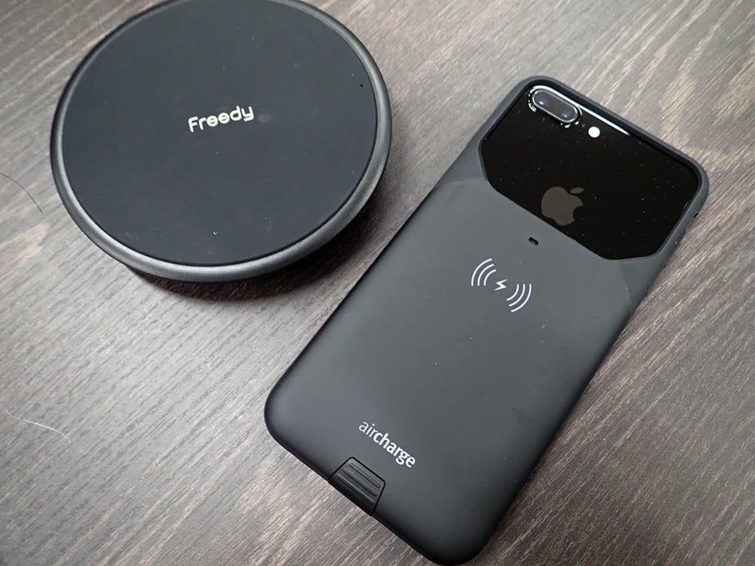 12e037ad3c 日本ではエムエスシーが販売するこのケースは、iPhone 7やiPhone 7 Plusなど、ワイヤレス充電機能非対応のiPhoneに対し、ケース側でワイヤレス充電機能を持たせた  ...