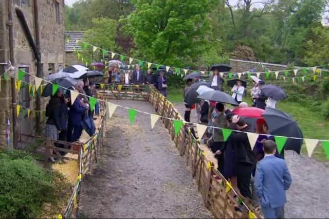 Emmerdale porks fun at David Cameron during Lisa Dingle's funeral