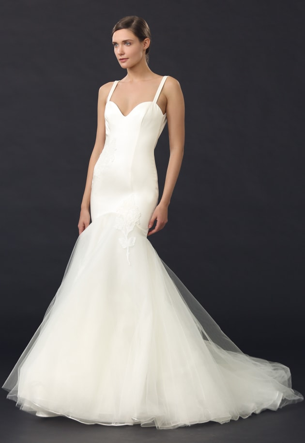 Off the rack wedding dresses to buy for a quickie ceremony for Where to buy off the rack wedding dresses