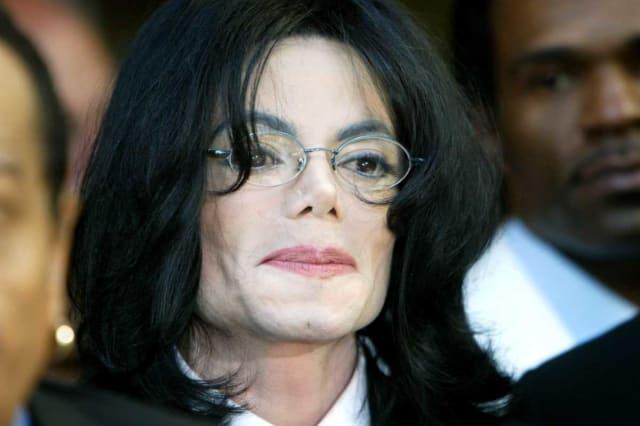 Michael Jackson : les révélations « inappropriées » d'un chanteur qui l'a toujours défendu