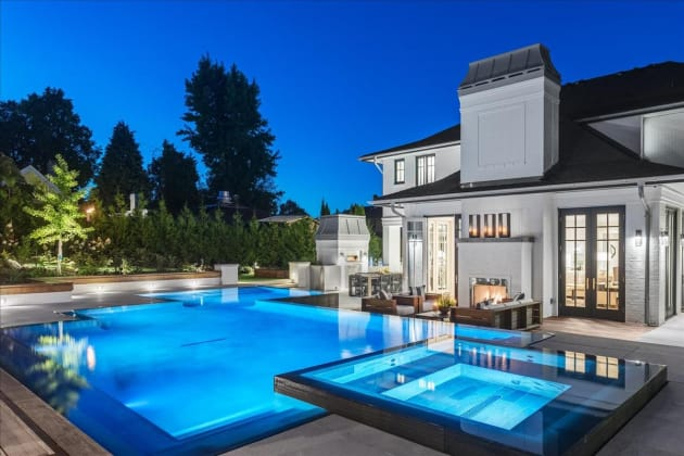 LOOK The Most Expensive Houses For Sale In Canada Right Now - Take a look around the most expensive home in america