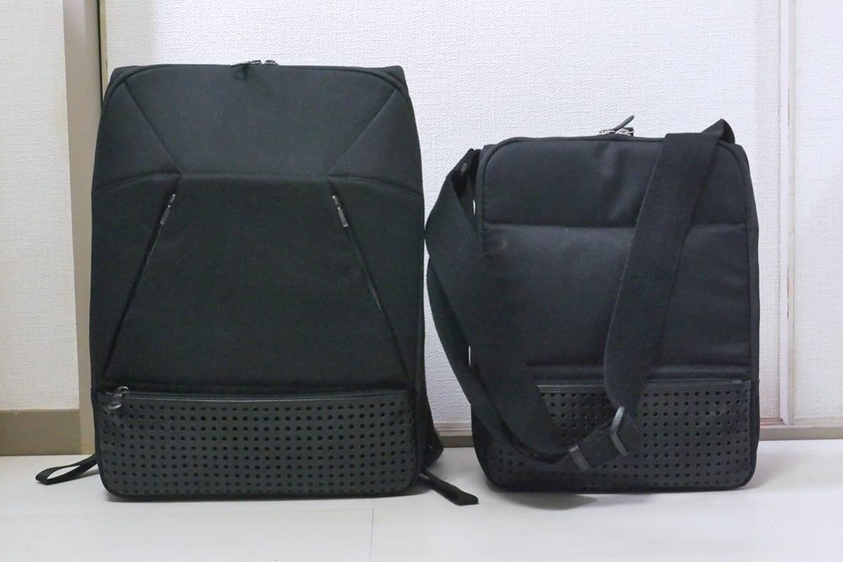 ひらPリュックのベースとなっているブラックのひらP mini (右)