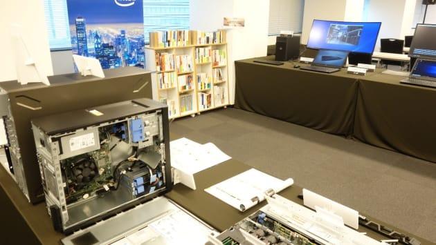 セミナーでも「Dellが選んだ200冊の本」が展示されています