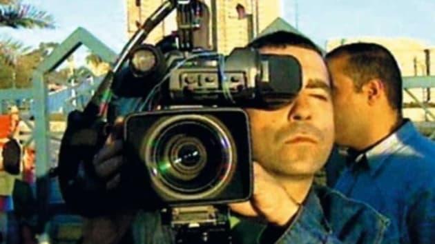 José Couso, trabajando en Irak, pocos días antes de ser