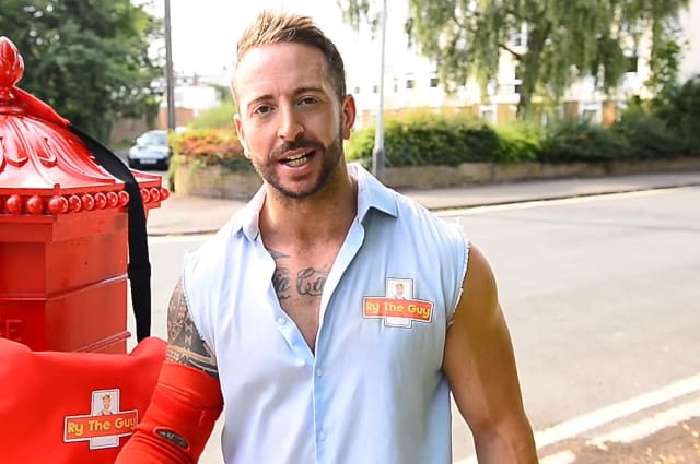 Meet the postie with some serious wrestling moves