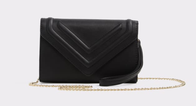 5cb7a9f119ac 10 Affordable Dupes For Meghan Markle's Best Handbags | HuffPost Canada