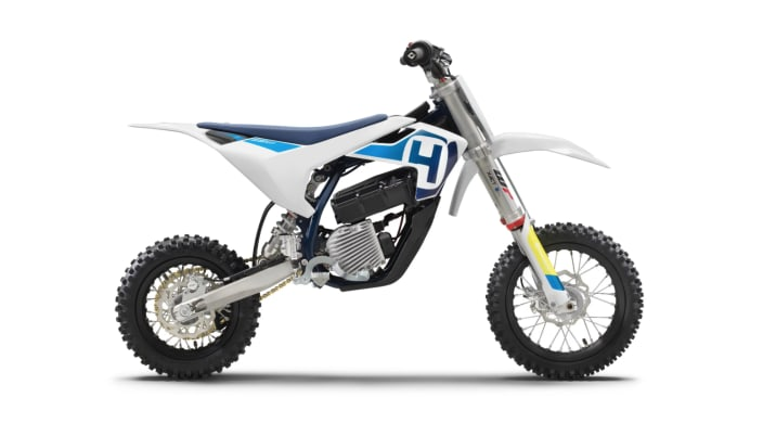 Ropriately This First Foray Is A Small Minicycle Intended For Novice Riders Just Getting Into The Exciting World Of Motocross
