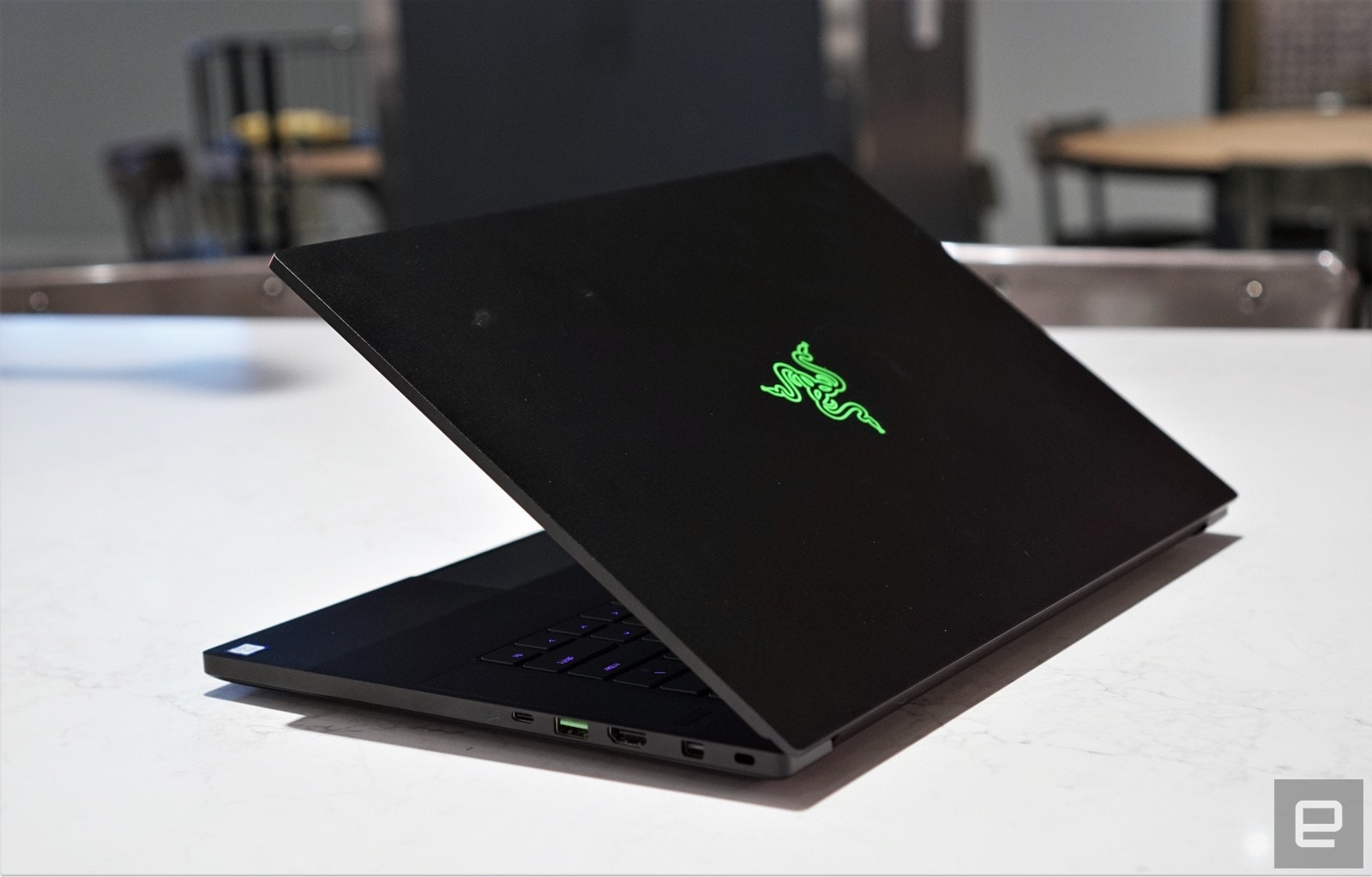 Alienware Vs Razer >> Razer S Blade Is Almost The Perfect Gaming Laptop