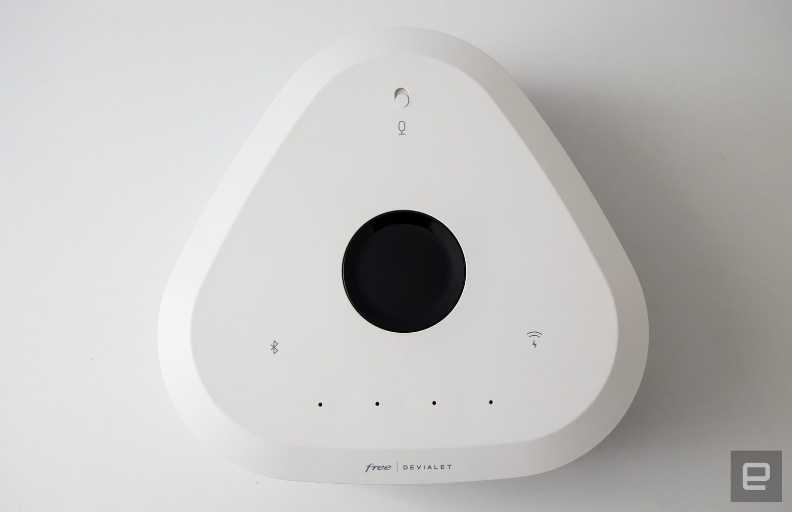 Freebox Delta with Devialet speakers