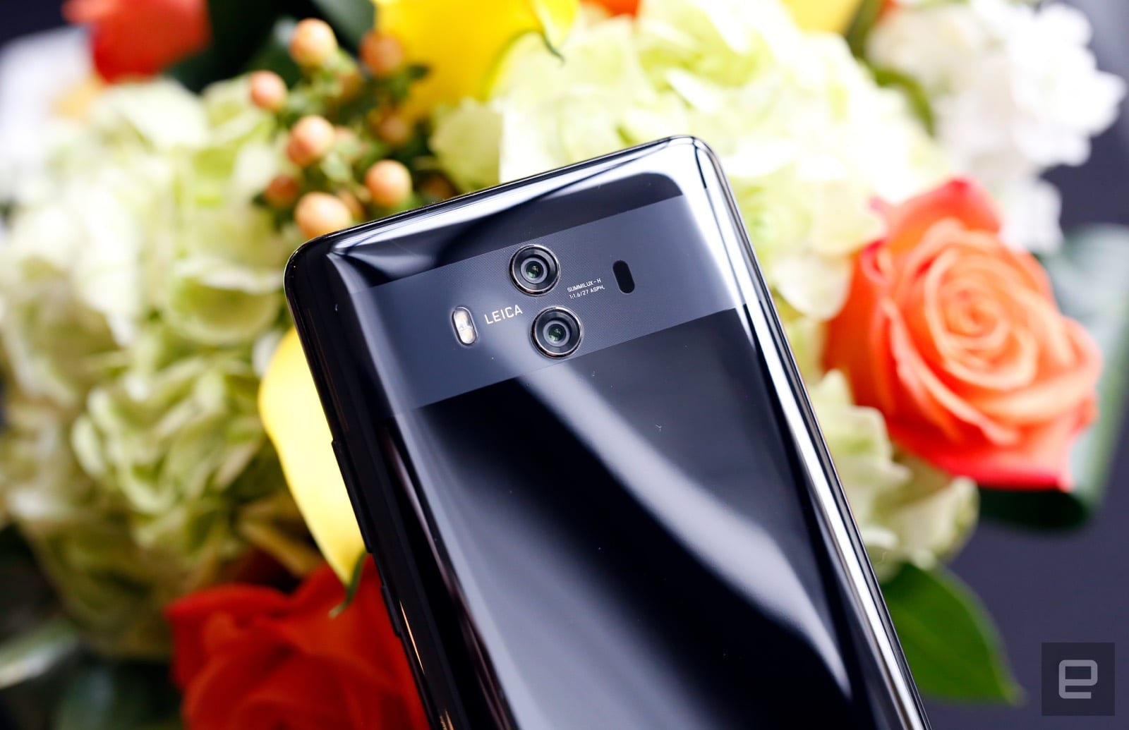 Huawei Mate 10 hands-on: Faster, more helpful AI