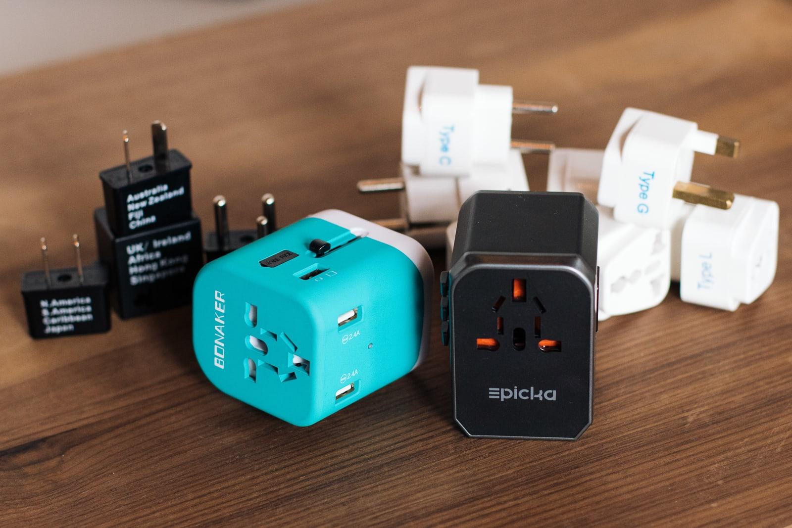 Travel plug adapter