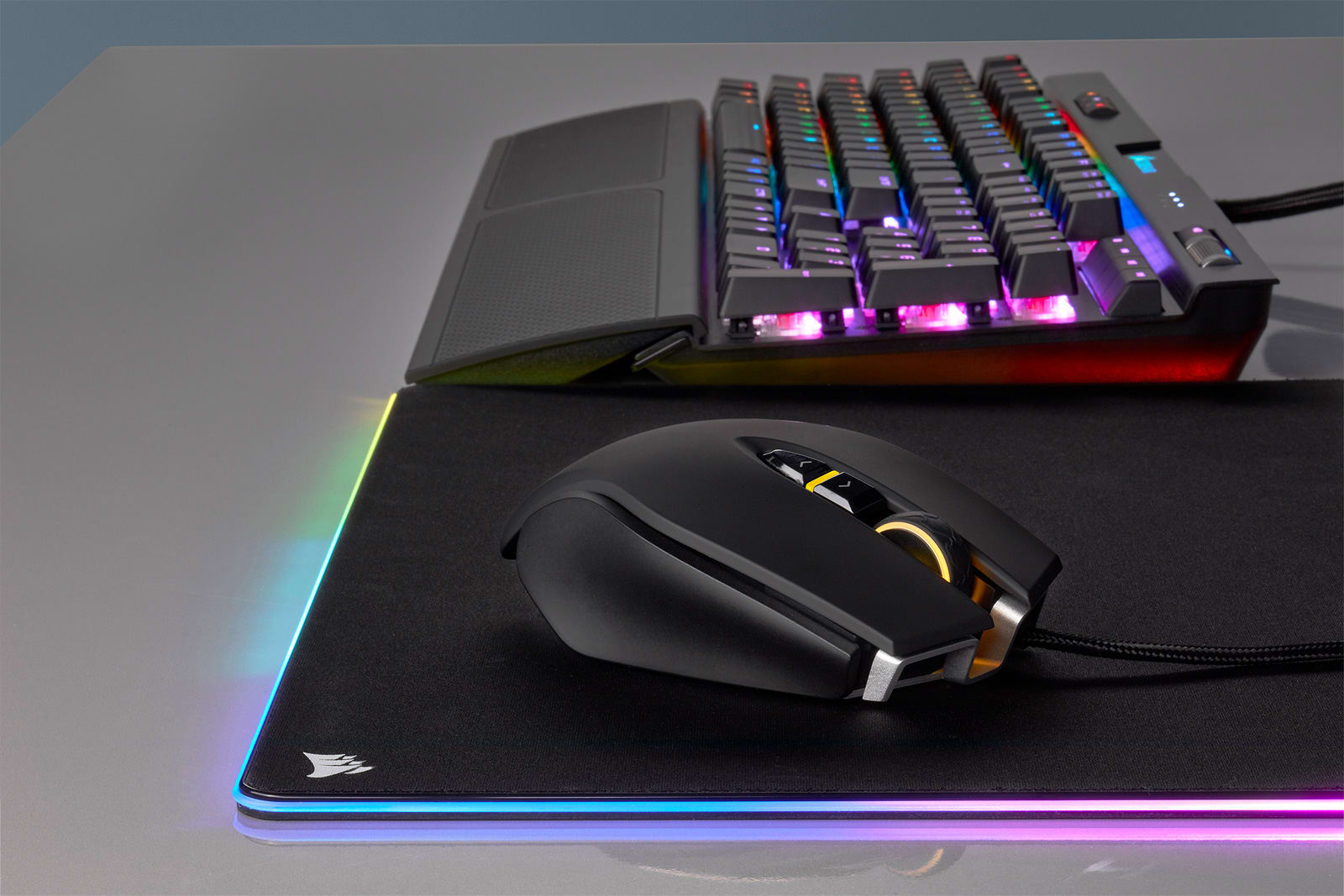 Corsair made its own lag-free wireless gaming mouse