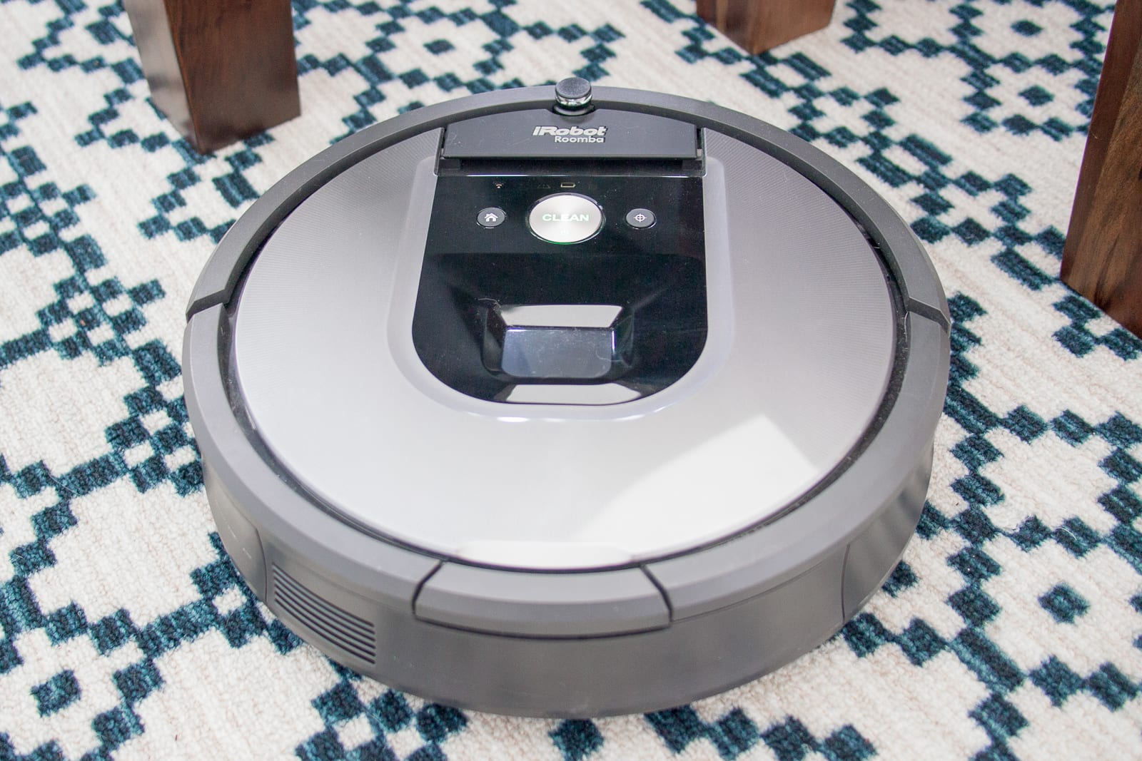 Sunsets are kryptonite to some fancy robot vacuums