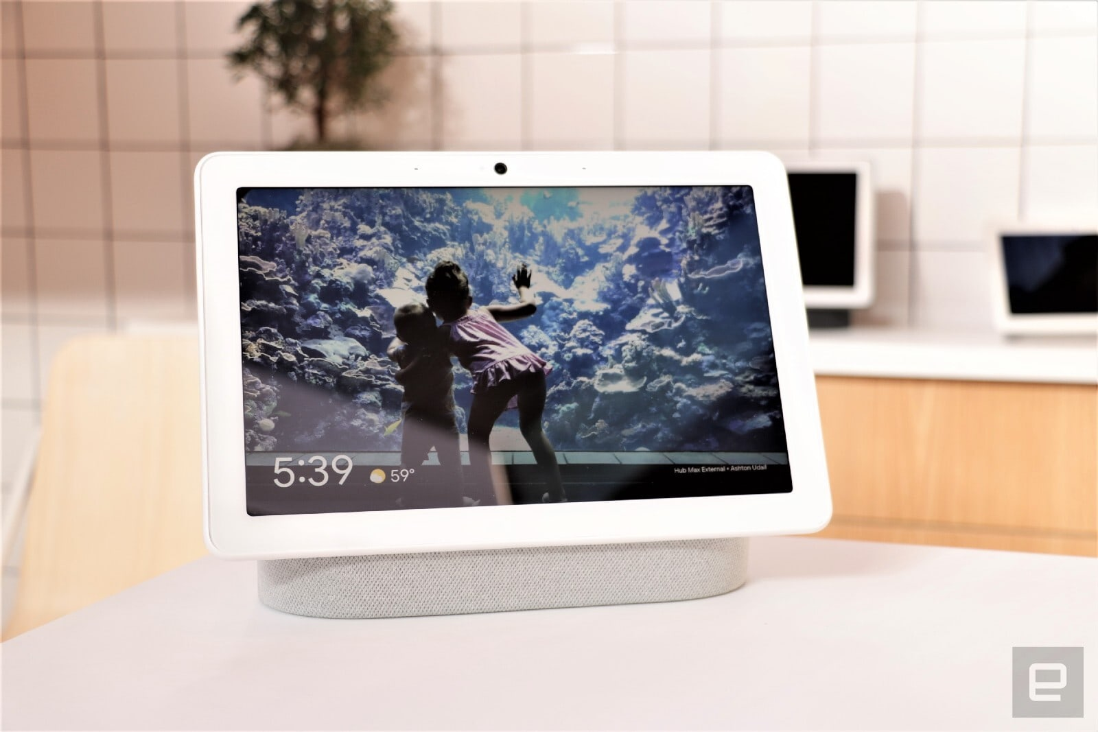 Google Nest Hub Max {focus_keyword} Smart homes are a broken mess and Nest wants to fix it dims crop 1600 2C1067 2C0 2C0 quality 85 format jpg resize 1600 2C1067 image uri https 3A 2F 2Fs