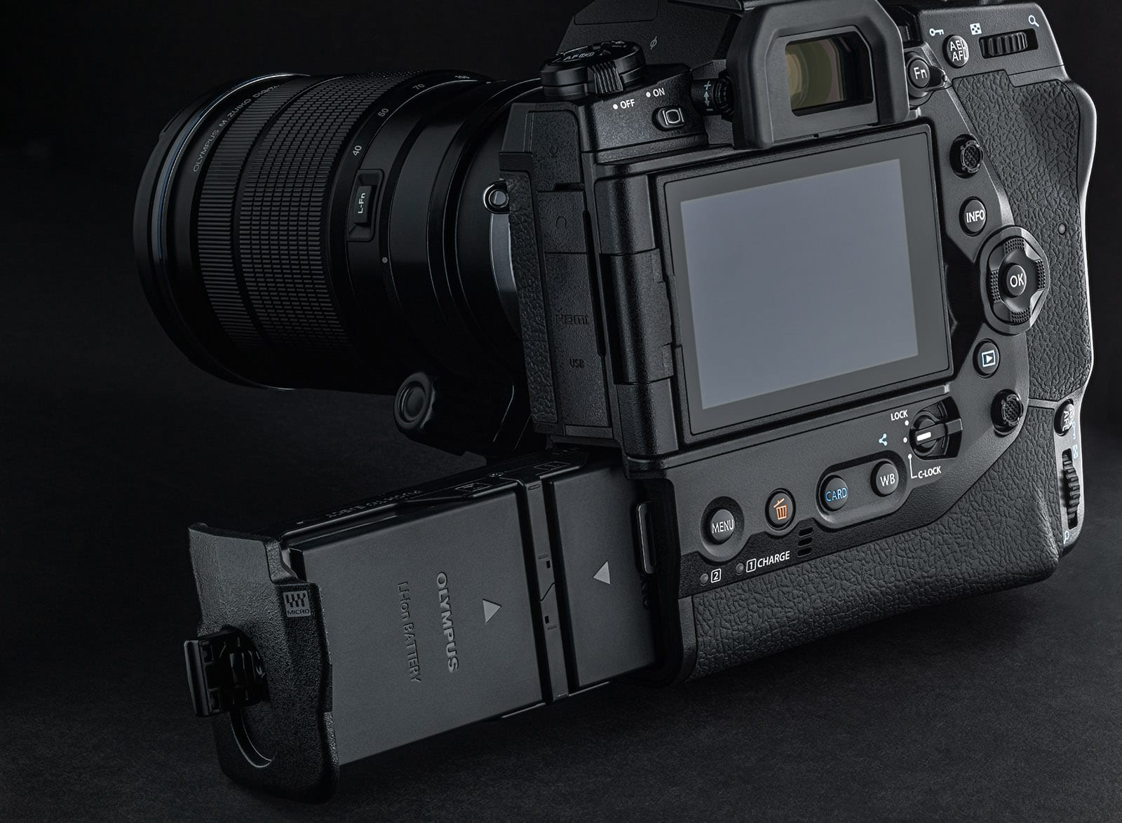 le dernier 4ec0f 9d7c3 Olympus's flagship mirrorless camera doubles down on speed