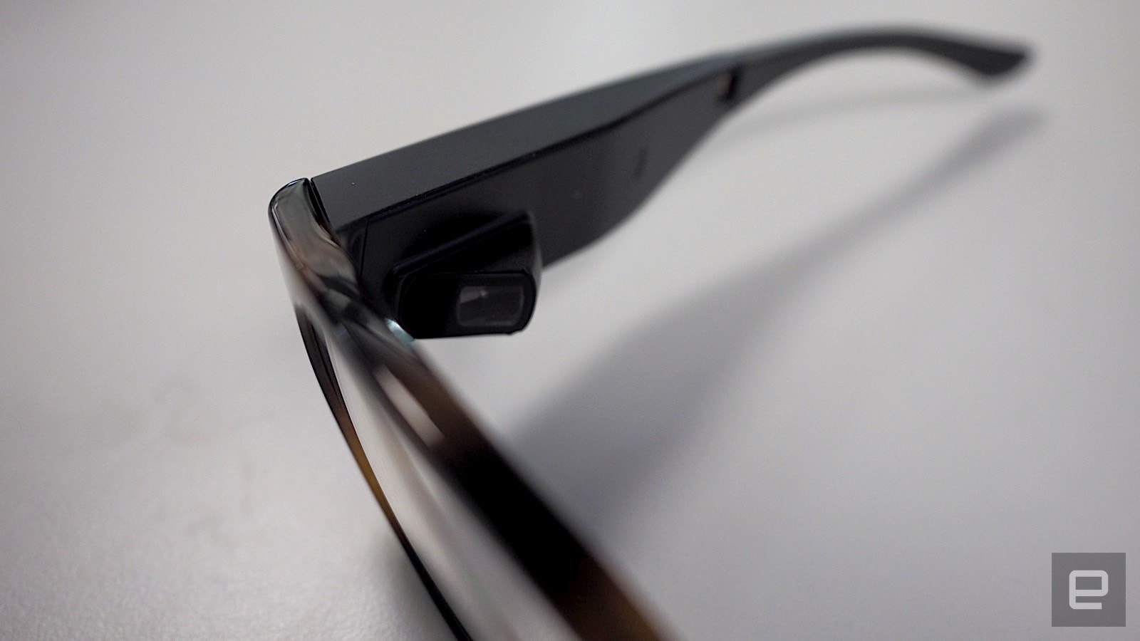 a39b3ef9ace8 Custom-made smart glasses pick up where Google Glass left off