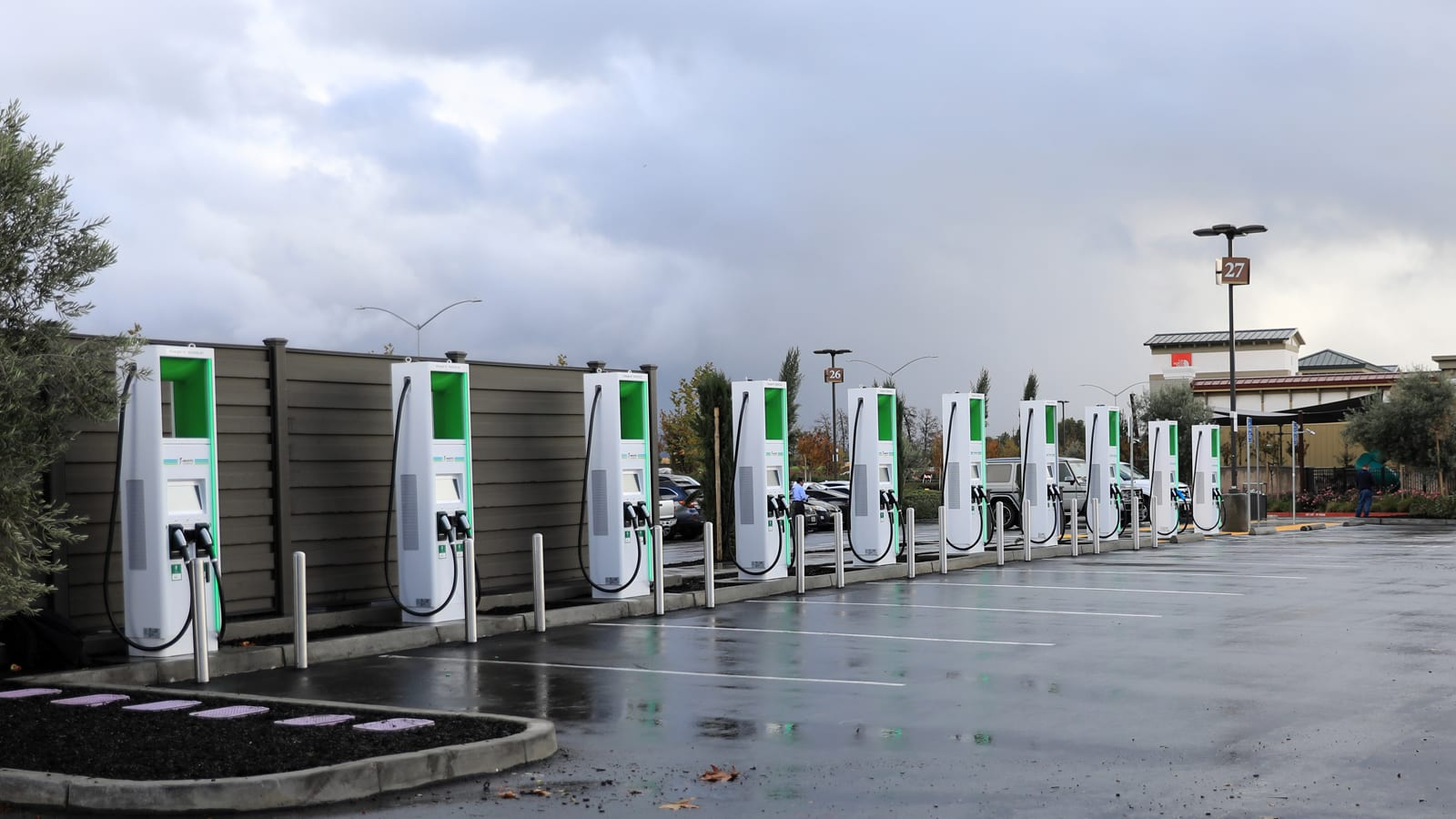 Electrify America installs California's first 350kW EV chargers