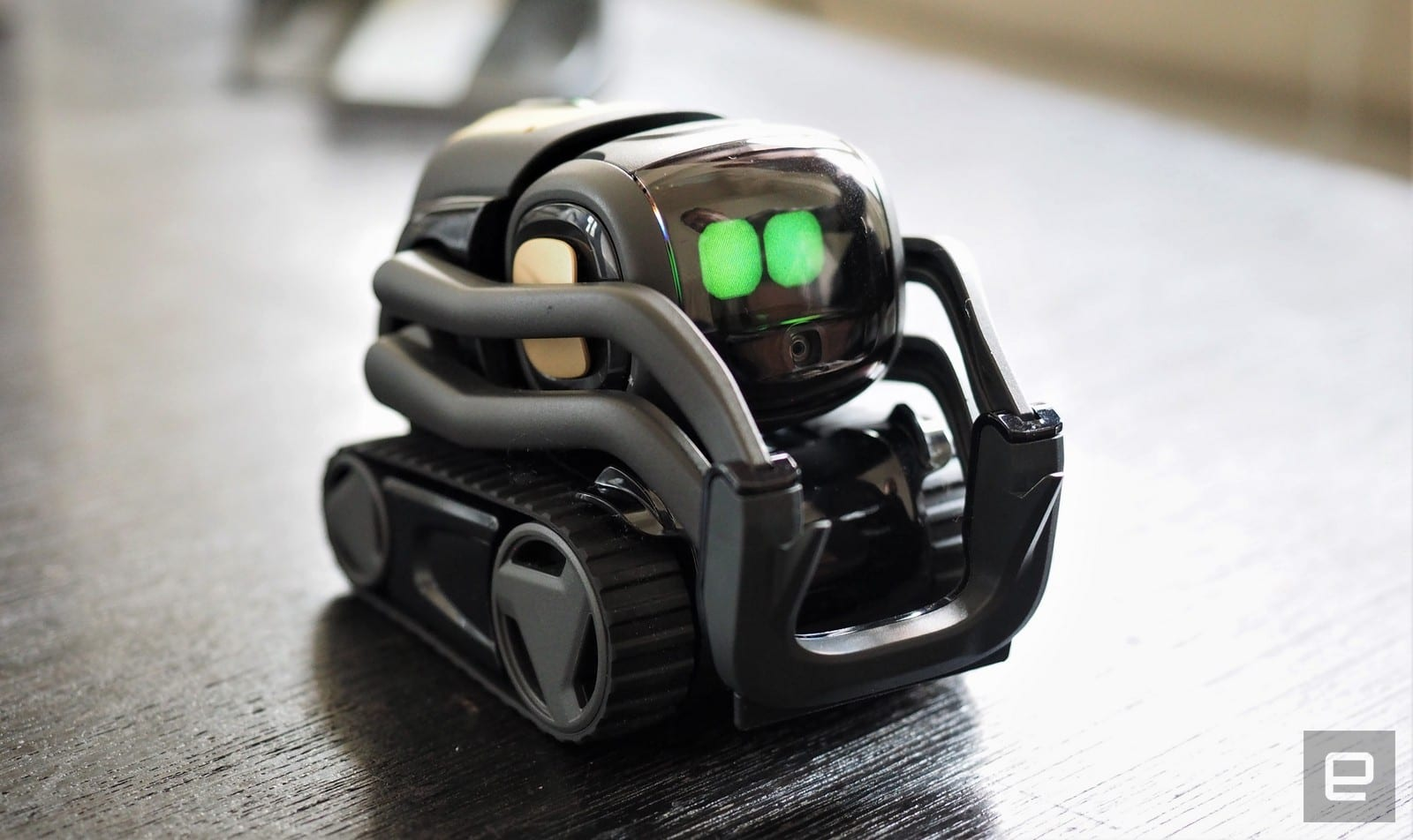 anki s vector robot brings us one step closer to star wars droids