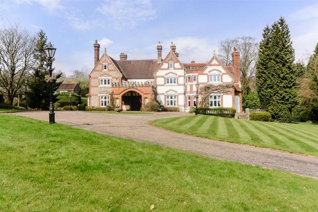 Kingswood Manor
