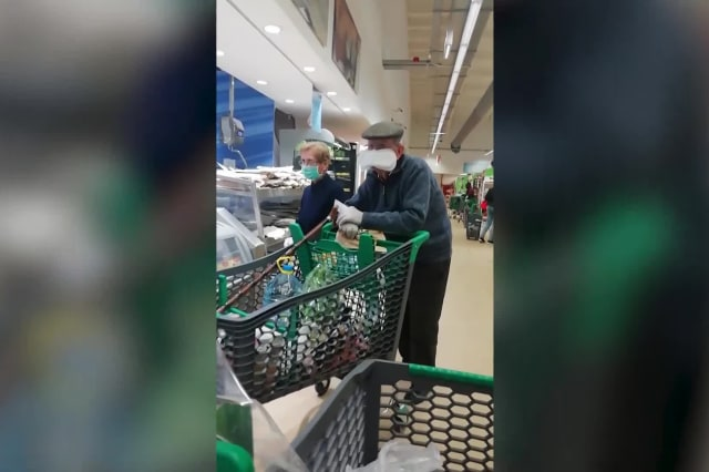 Elderly shopper spotted wearing sanitary towel as facemask