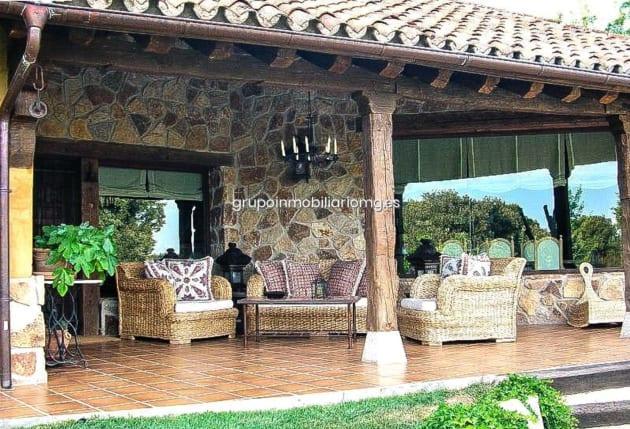 FOTOS- Así es la casa que han comprado Pablo Iglesias e Irene ...