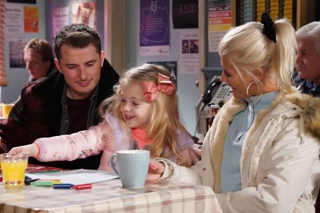EastEnders Soap Scoop! Ben and Lola both return