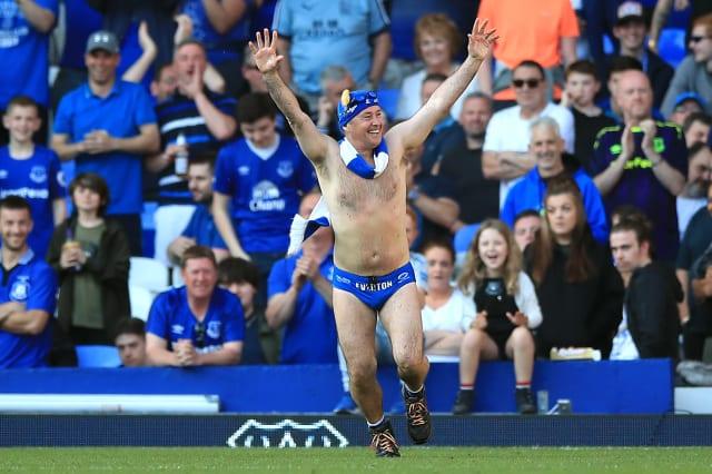 Speedo Mick halfway to raising £100,000 by walking 1,000 miles in swimwear
