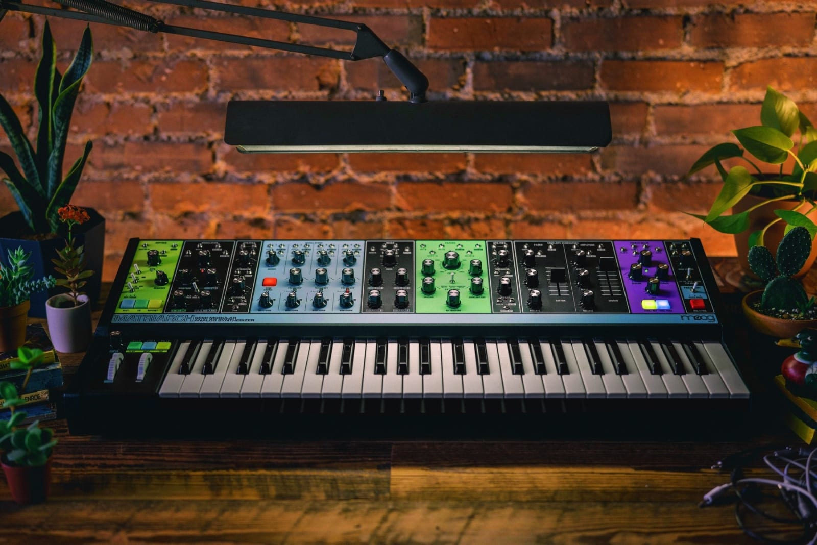 Hello there World: Moog's semi-modular Matriarch synth is