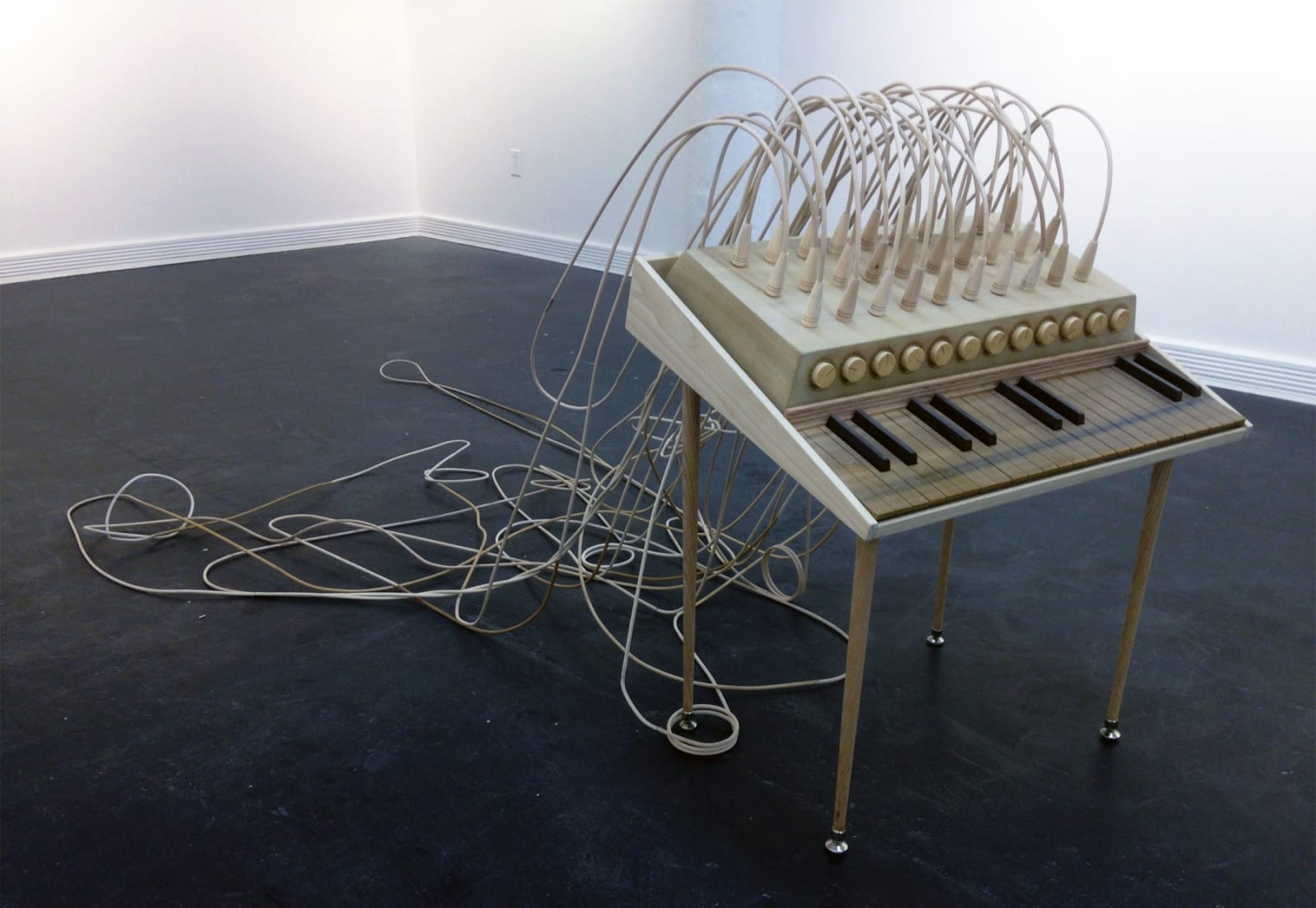 Craig Kaths' intricate synth sculptures look real enough to play