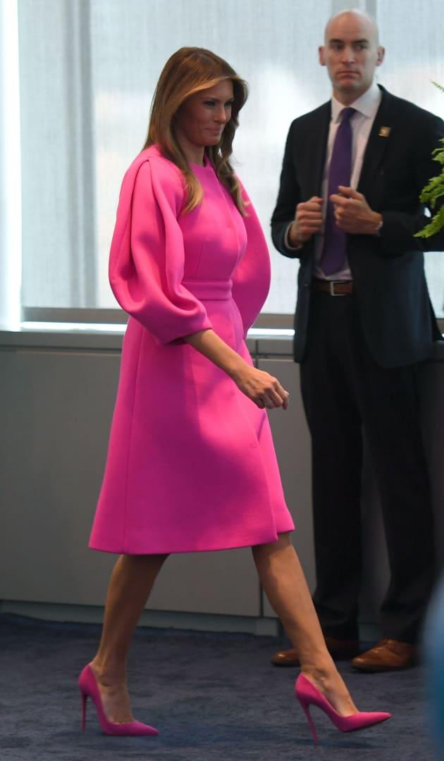 Melania acapara todas las miradas en la ONU... por su vestido y no ...
