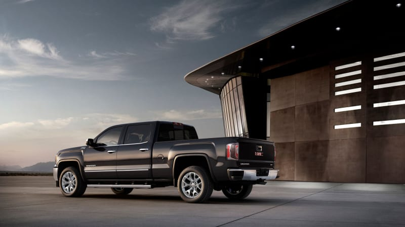 2018 GMC Sierra 1500 pricing, specs, and safety ratings